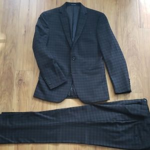 BAR III Carnaby Collection Suit